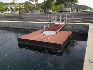 鳴門ウチノ海総合公園シーカヤック浮桟橋