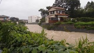 大雨洪水警報および土砂災害警報15